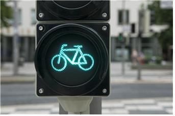 [그림 1] '자전거 먼저 출발' 교통신호체계
