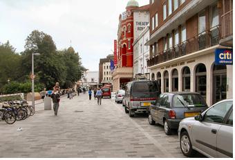[그림 2] 영국 브라이턴(Brighton)시의 공유도로