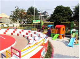 [그림 1] 다양한 규모와 시설로 구성된 자카르타 아동친화적 통합형 공공공간